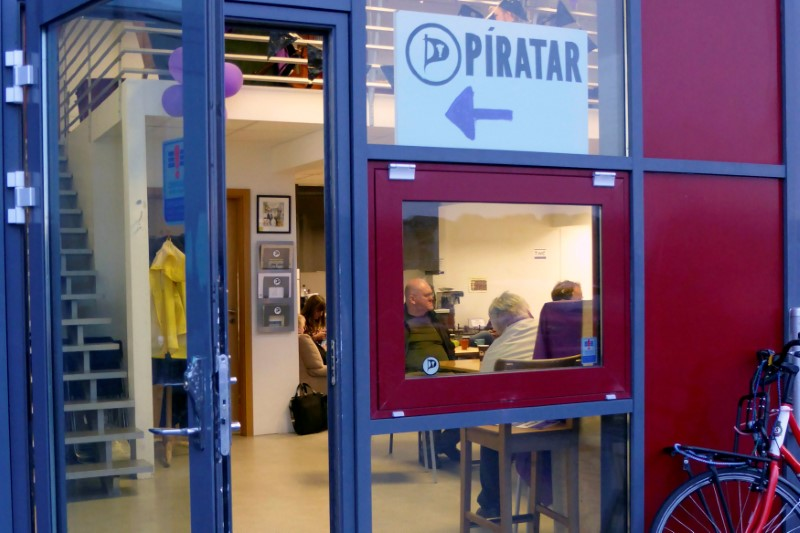 The entrance of the Icelandic Pirate Party headquarters in Reykjavik, Iceland, September 19, 2016. Picture taken September 19, 2016. (Stine Jacobsen / Reuters)