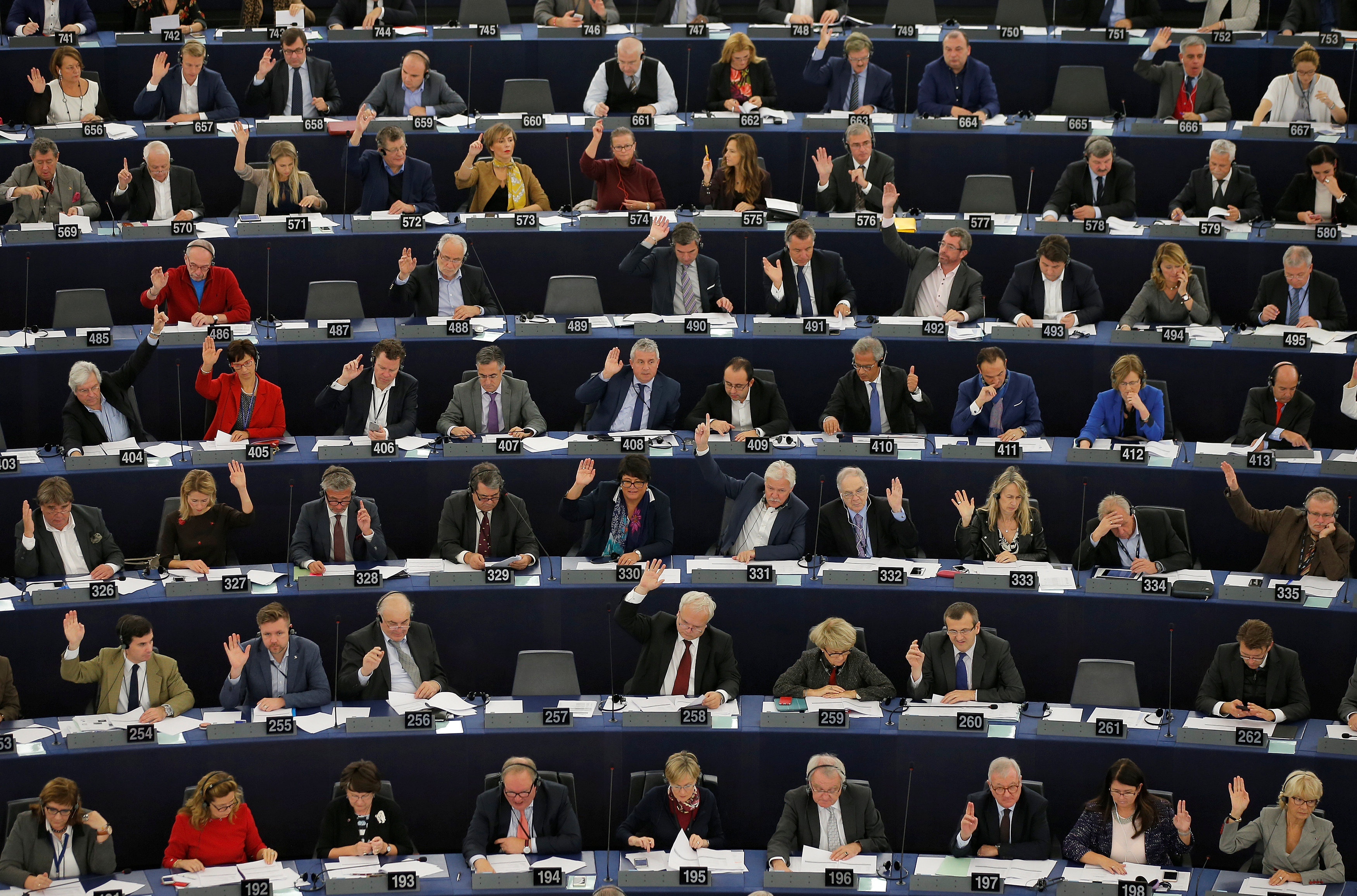 Members of the European Parliament take part in a voting session at the European Parliament in Strasbourg, France, October 25, 2016. (Vincent Kessler / Reuters)
