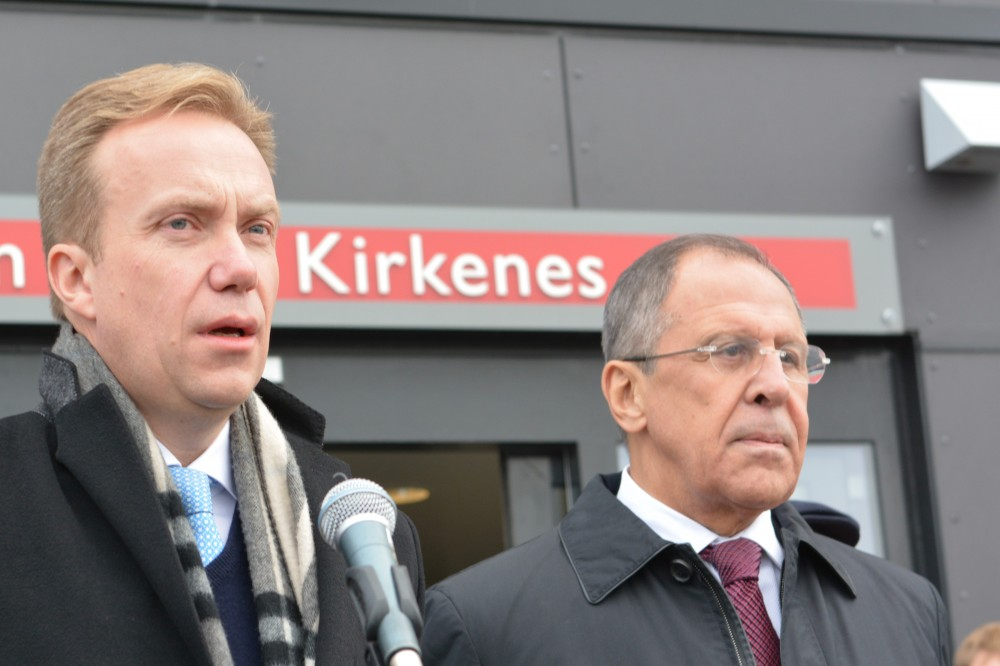 Norway's Foreign Minister Børge Brende together with Sergey Lavrov, Minister of Foreign Affairs in Russia. October 25, 2014 in Kirkenes. (Thomas Nilsen / The Independent Barents Observer)