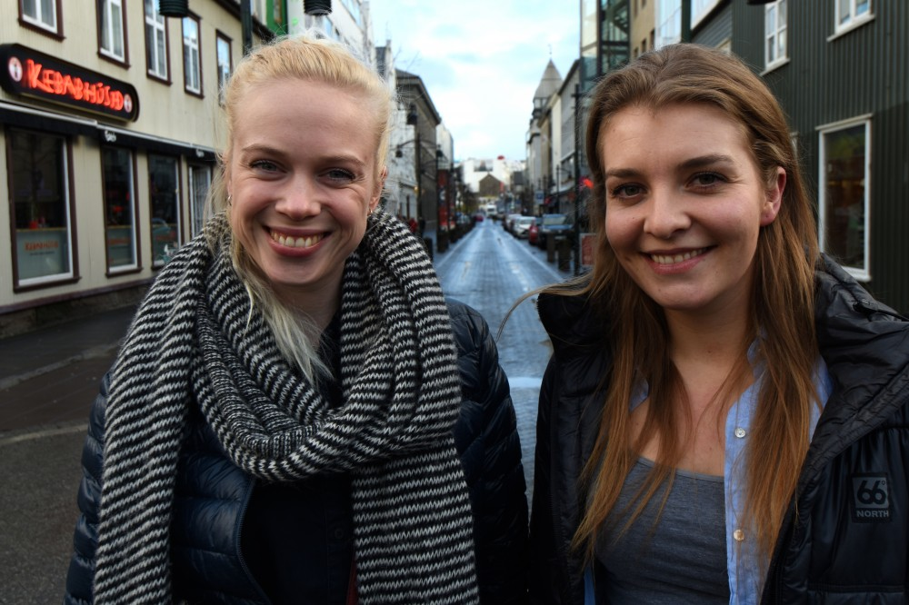 Gudmunda Palmadóttir (left) and Petra Frimannsdóttir say housing in Reykjavik is too expensive for young Icelanders. (Thomas Nilsen / The Independent Barents Observer)