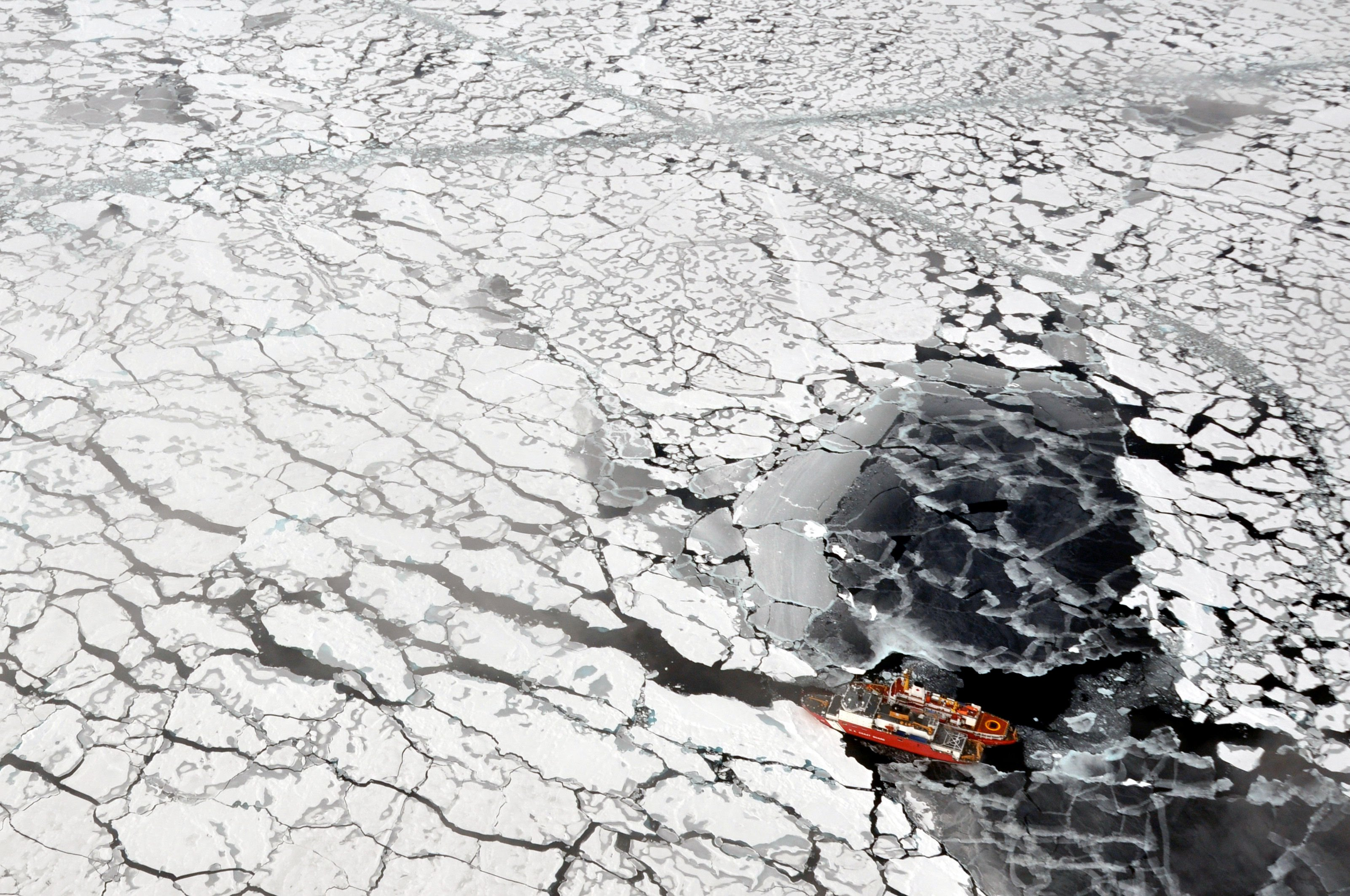 Nunavut iron mine proposes bigger ships, no spring ice-breaking