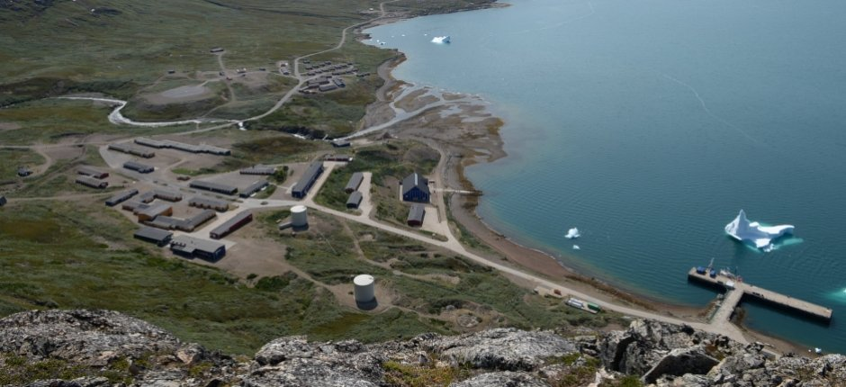 The abandoned former military base at Grønnedal was to have been sold, before Denmark abruptly decided to re-open it. (Peter Barfoed / The Arctic Journal)