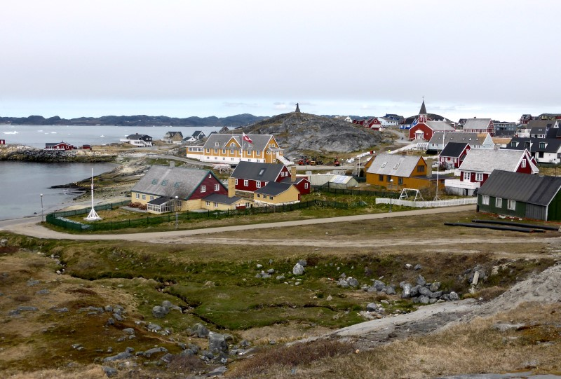 A general view of a beach in Nuuk, Greenland June 1, 2016. (Alister Doyle / Reuters)
