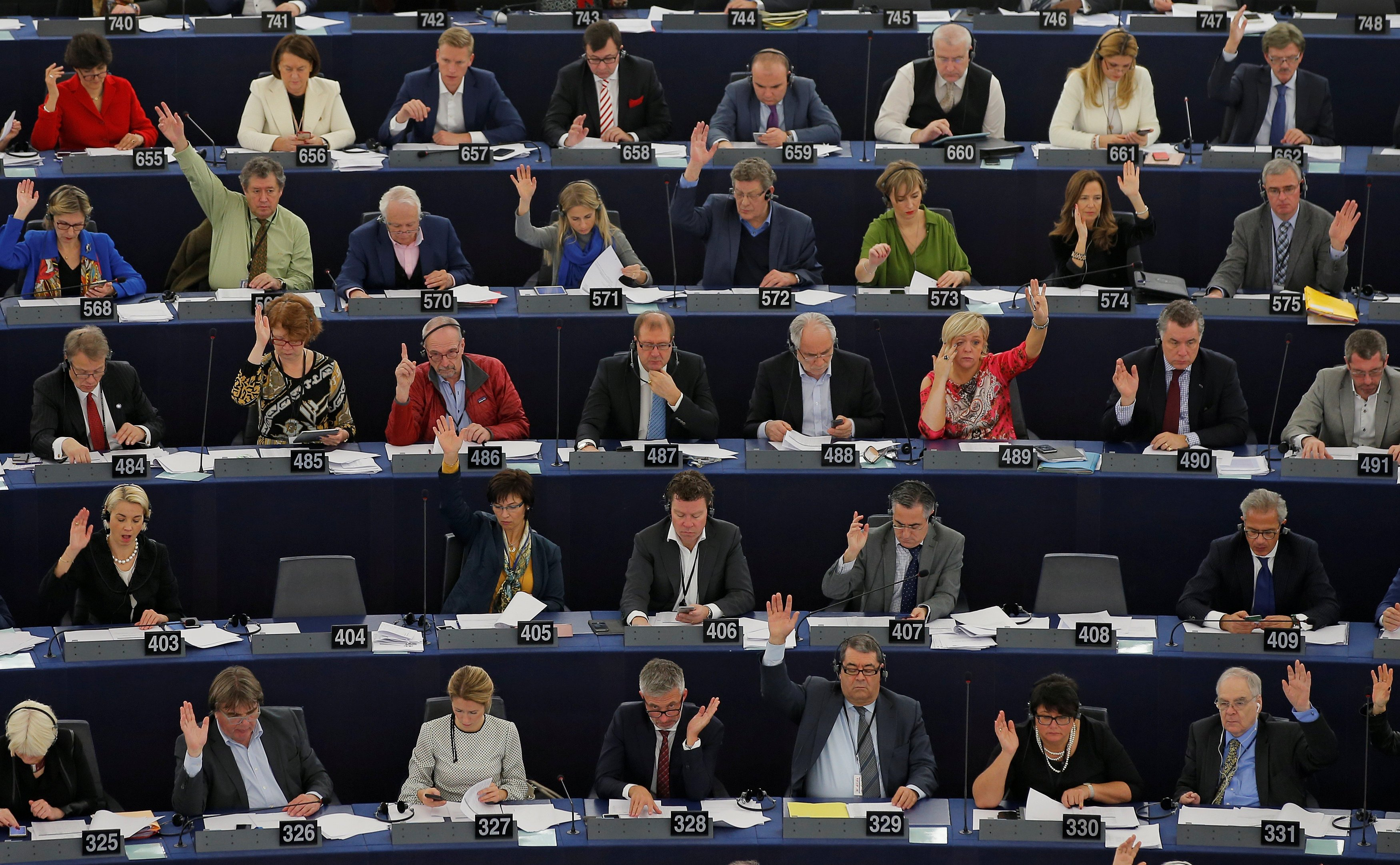Euro parliament in row over Arctic environment rules