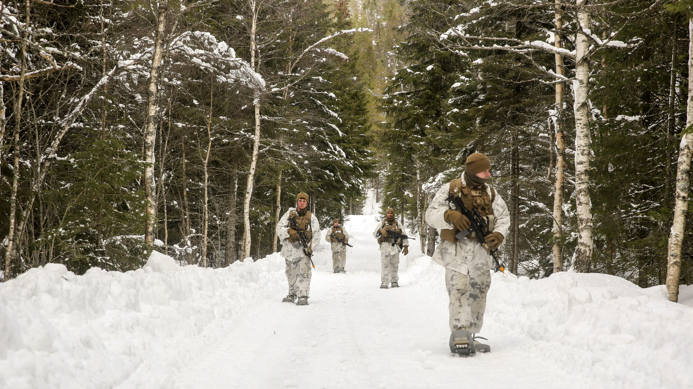 Hundreds of U.S. Marines land in Norway, irking Russia