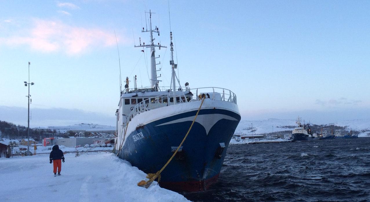 """Latvian crabber """"Senator"""" under arrest in Kirkenes, Norway. (Atle Staalesen / The Independent Barents Observer)"""