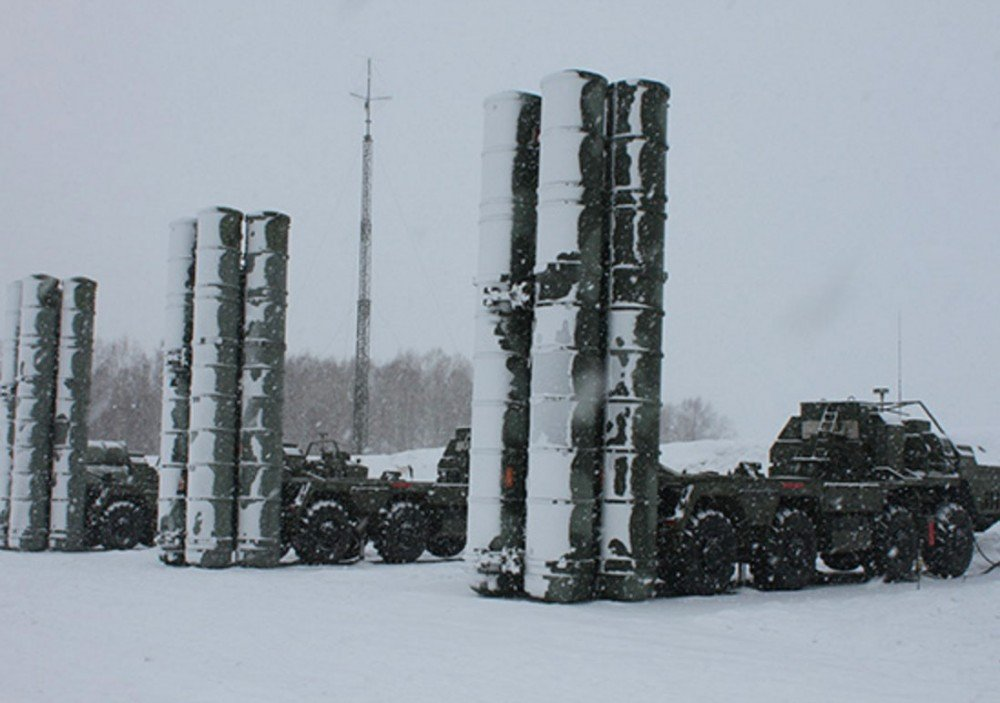 Russia builds Arctic air defense shield