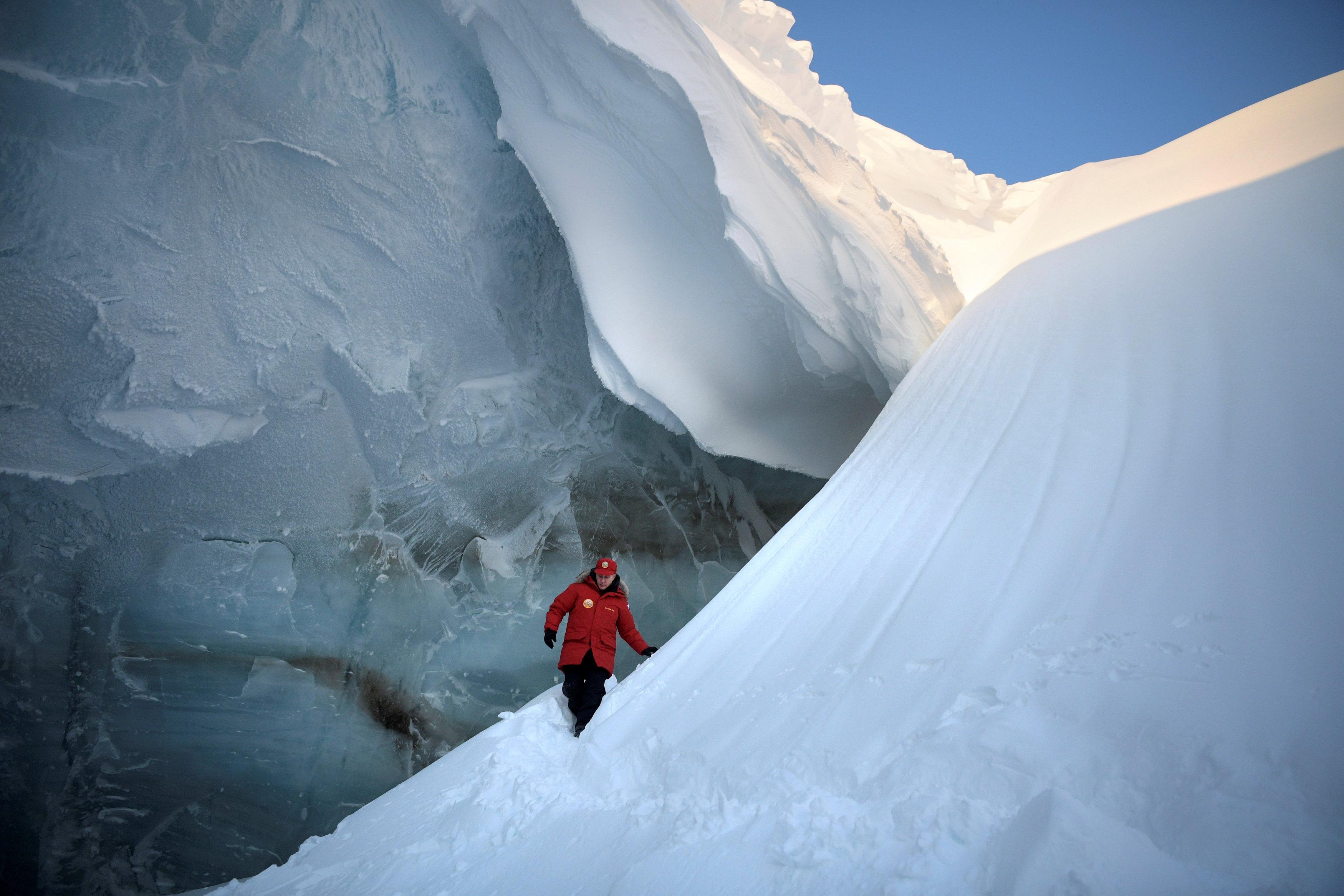 Putin signs Russia's new Arctic master plan