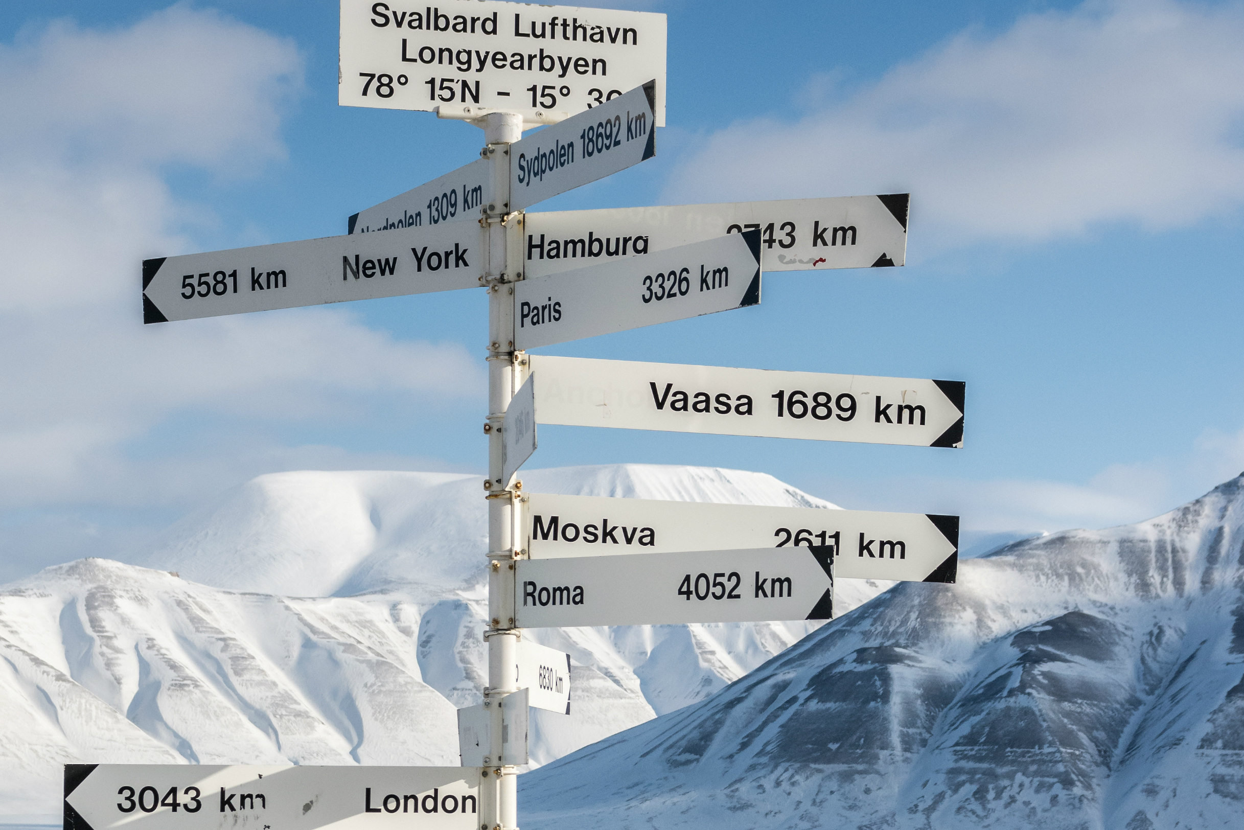 A meeting of NATO nation lawmakers in Svalbard raises Russian objections