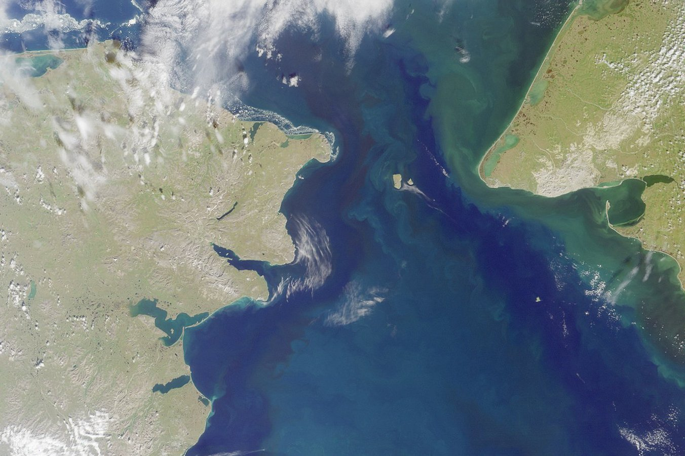 With marine traffic growing, international shipping agency approves US-Russia plan for Bering Strait shipping lanes