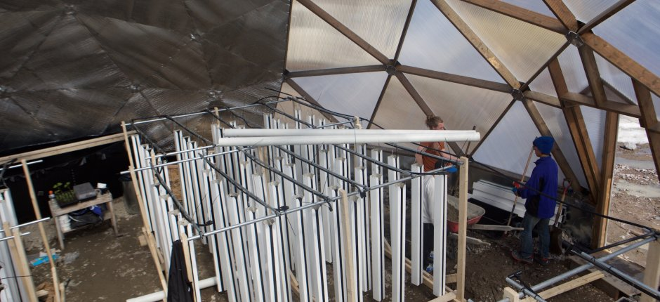 A greenhouse takes shape in Naujaat (Growing North via The Arctic Journal)
