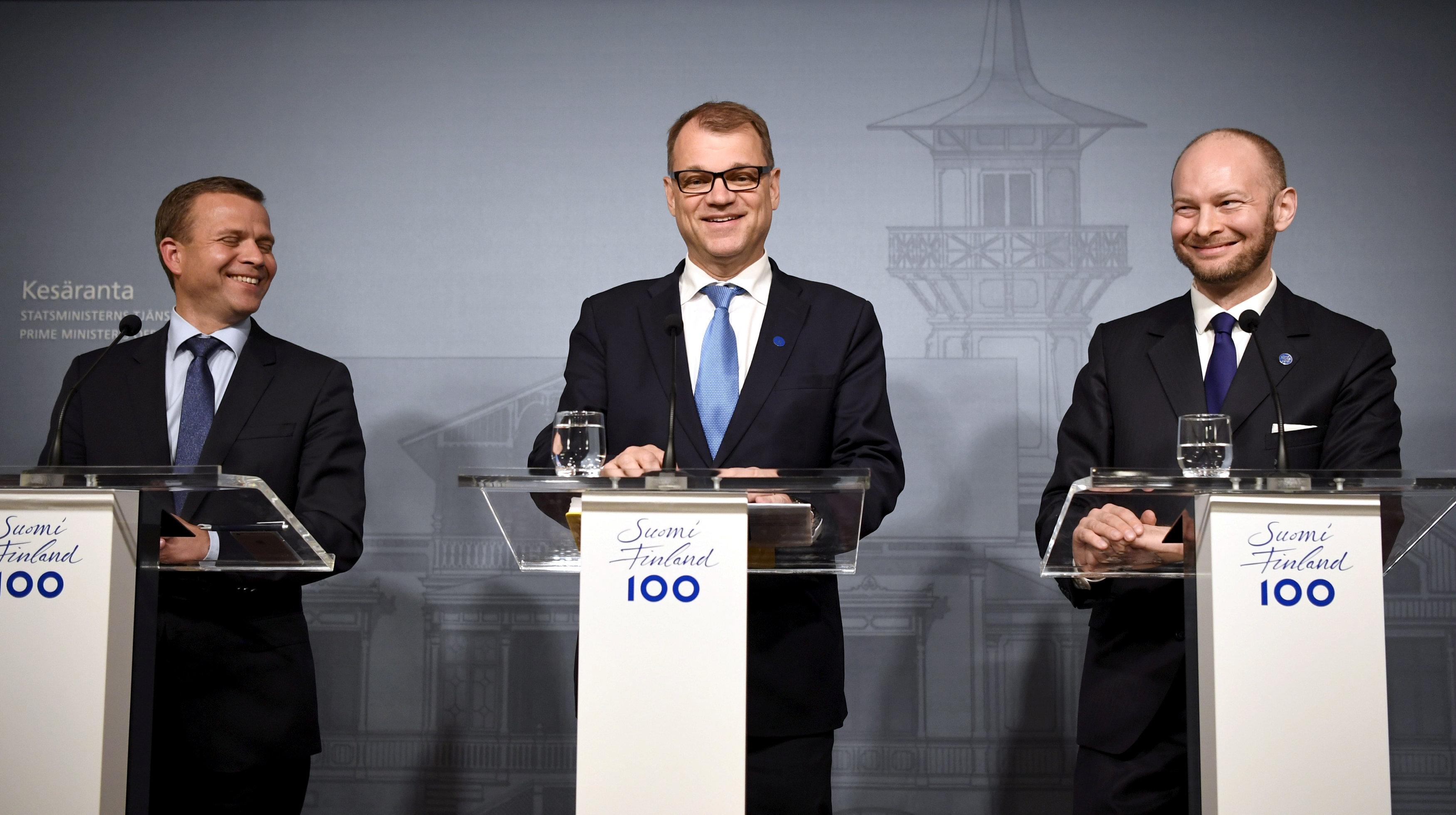 Finnish center-right government survives confidence vote