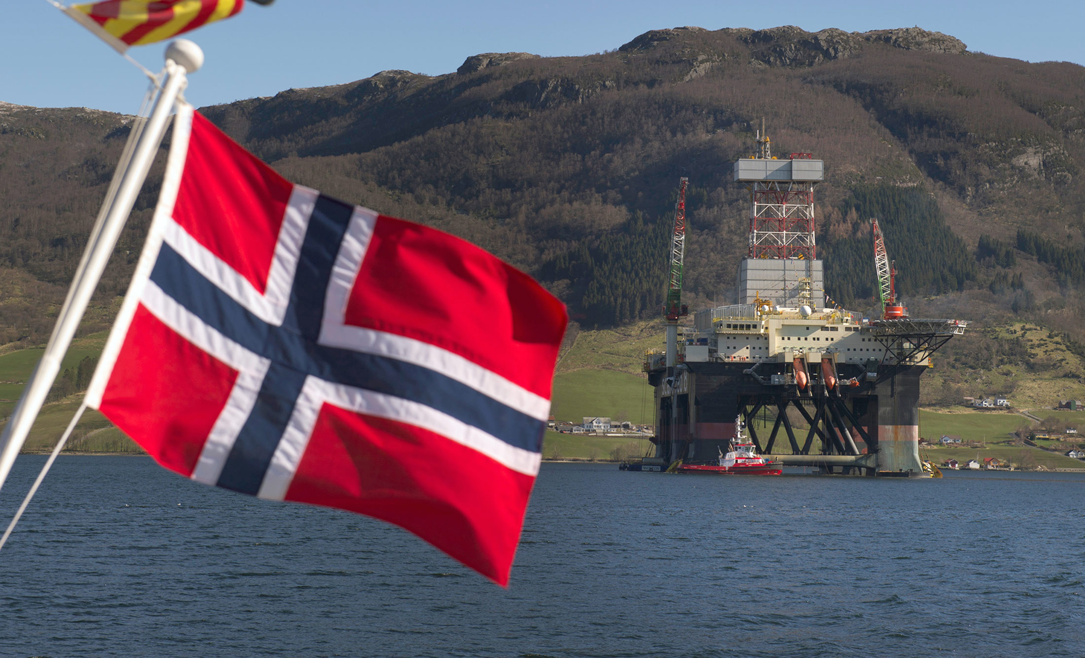 Norway's anti-oil Green Party could hold key to election outcome: DN poll