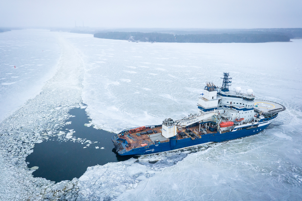 Can the US benefit from Finland and Russia's icebreaker expertise?