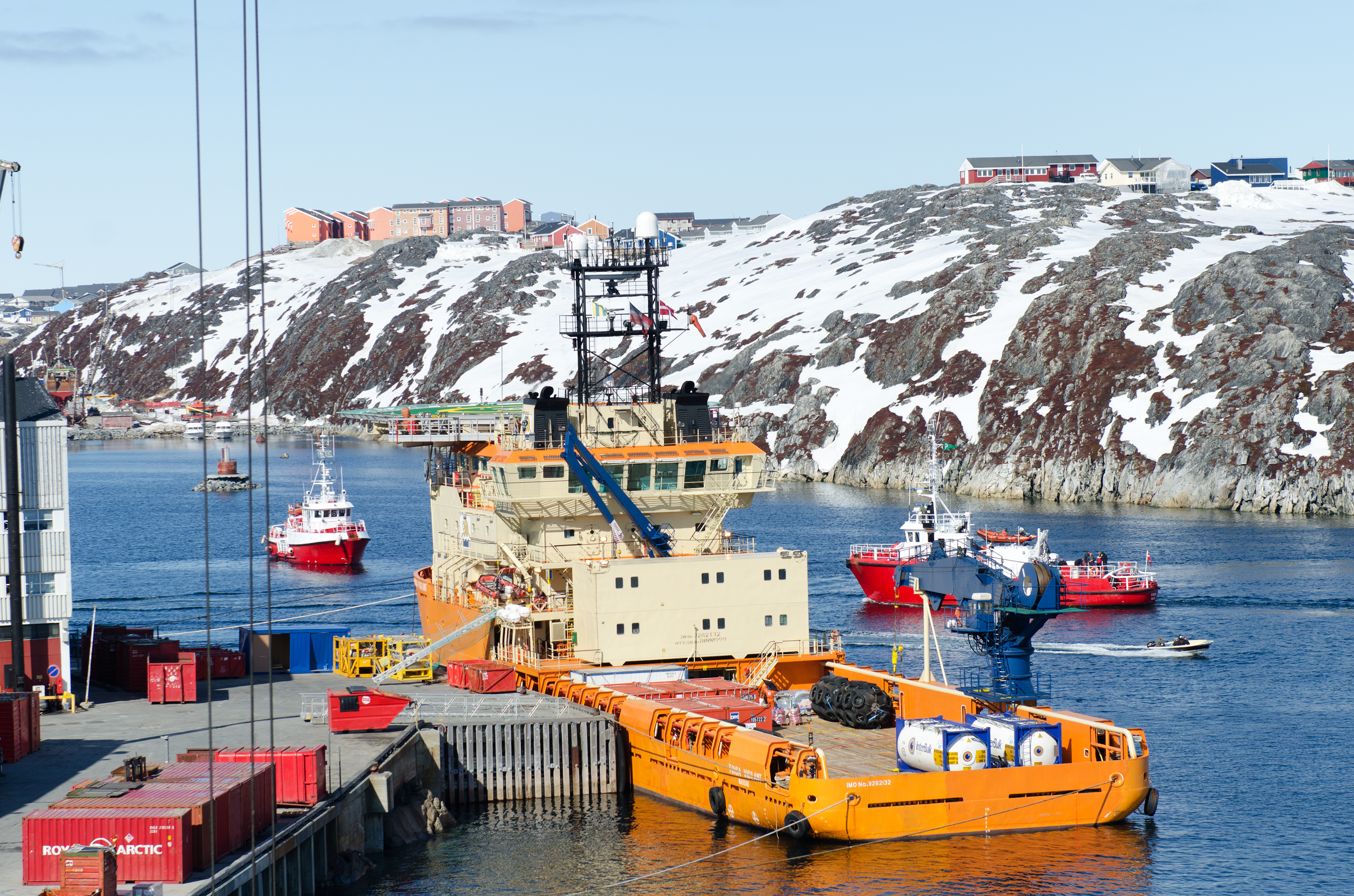 A Cairn Energy vessel in Greenland during the 2010 exploration season. At the time, the firm's initial promising results led many to believe a discovery was imminent. (Cairn Energy)