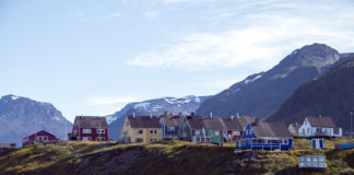 Greenlandic language experts hope a new tool will help speed translations