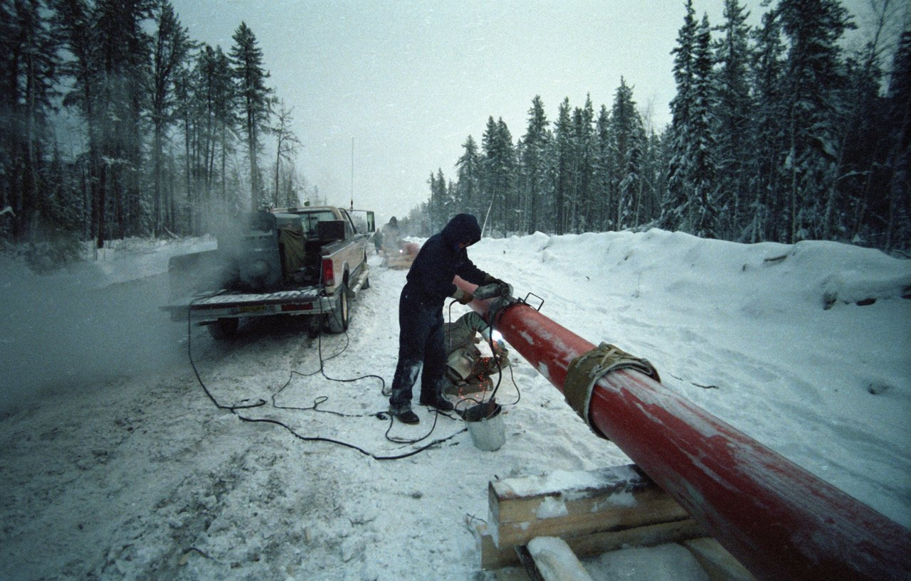 The Norman Wells pipeline connects oil fields in the Northwest Territories to Alberta. (Edward Struzik, author provided)