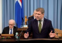 Iceland's finance minister expresses doubts about EAA membership
