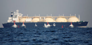 Asia's soaring gas demand opens window for new LNG projects