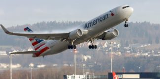 U.S. airline group says deal reached to fly in Russian airspace