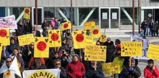Opponents of a major Greenland mine say coronavirus constraints are compromising the public hearing process