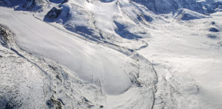 With warming temperatures, Canada's Arctic glaciers are melting faster