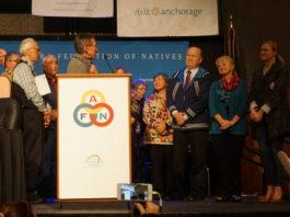 Alaska's independent governor drops re-election bid