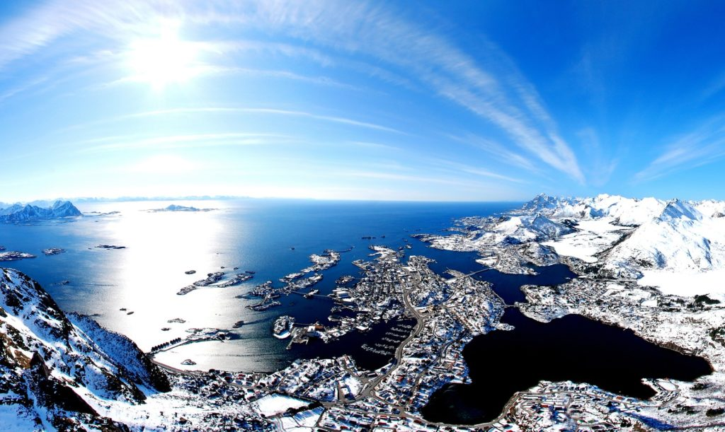The island of Austvågøya as seen from above, with the town of Svolvær below. (Making View / Visit Norway)