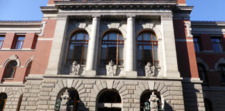 Norway's top court starts hearing on Arctic oil exploration