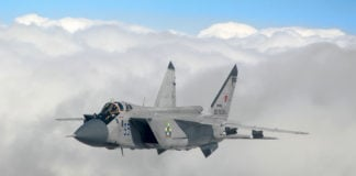 Russia resumes North Pole patrols with fighter jets