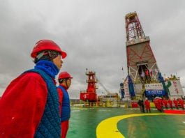 Chinese rig to return to Russia's Kara Sea this summer in hopes of third major find