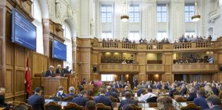 Greenlandic party calls for Danish 'Arctic minister'