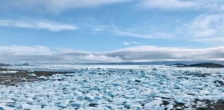 Sea ice delays unloading of sealift to Iqaluit, officials say