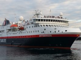 A Norwegian cruise ship is banned from sailing to Russia's Franz Josef Land