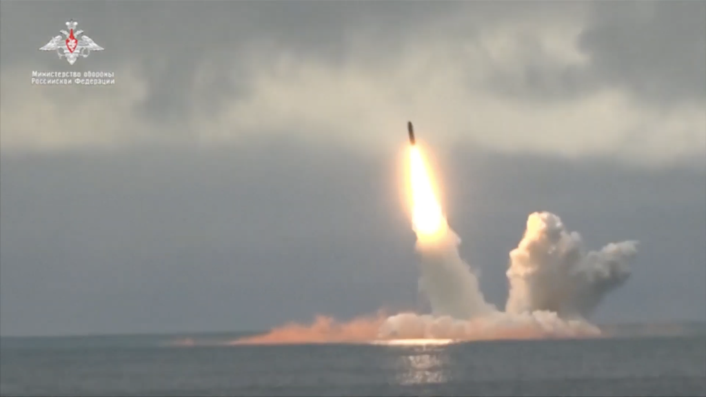 Russia test fires missiles from submarines in the Arctic Ocean - Arctic Today