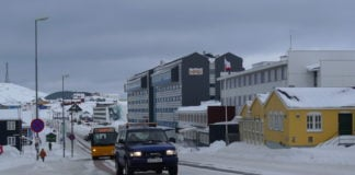 Greenland ends a ban on travel from Nuuk ahead of schedule