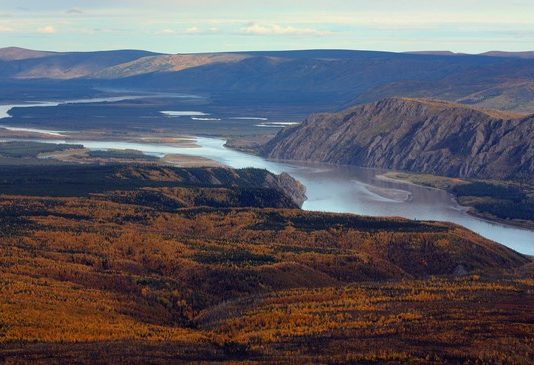 Yukon River, beset by salmon woes and mercury threats, signals broader Arctic climate change
