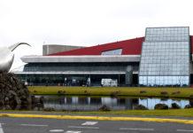 Iceland eyes a June border opening