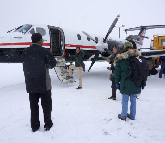 With interested buyers emerging, a bankrupt airline serving Alaska's Arctic may fly again