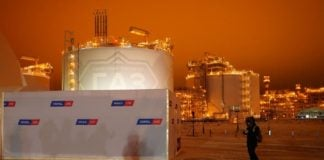 Novatek says new Arctic projects will proceed as planned, despite a sharp drop in LNG exports