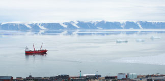Eimskip, Royal Arctic set to begin Greenland service next week