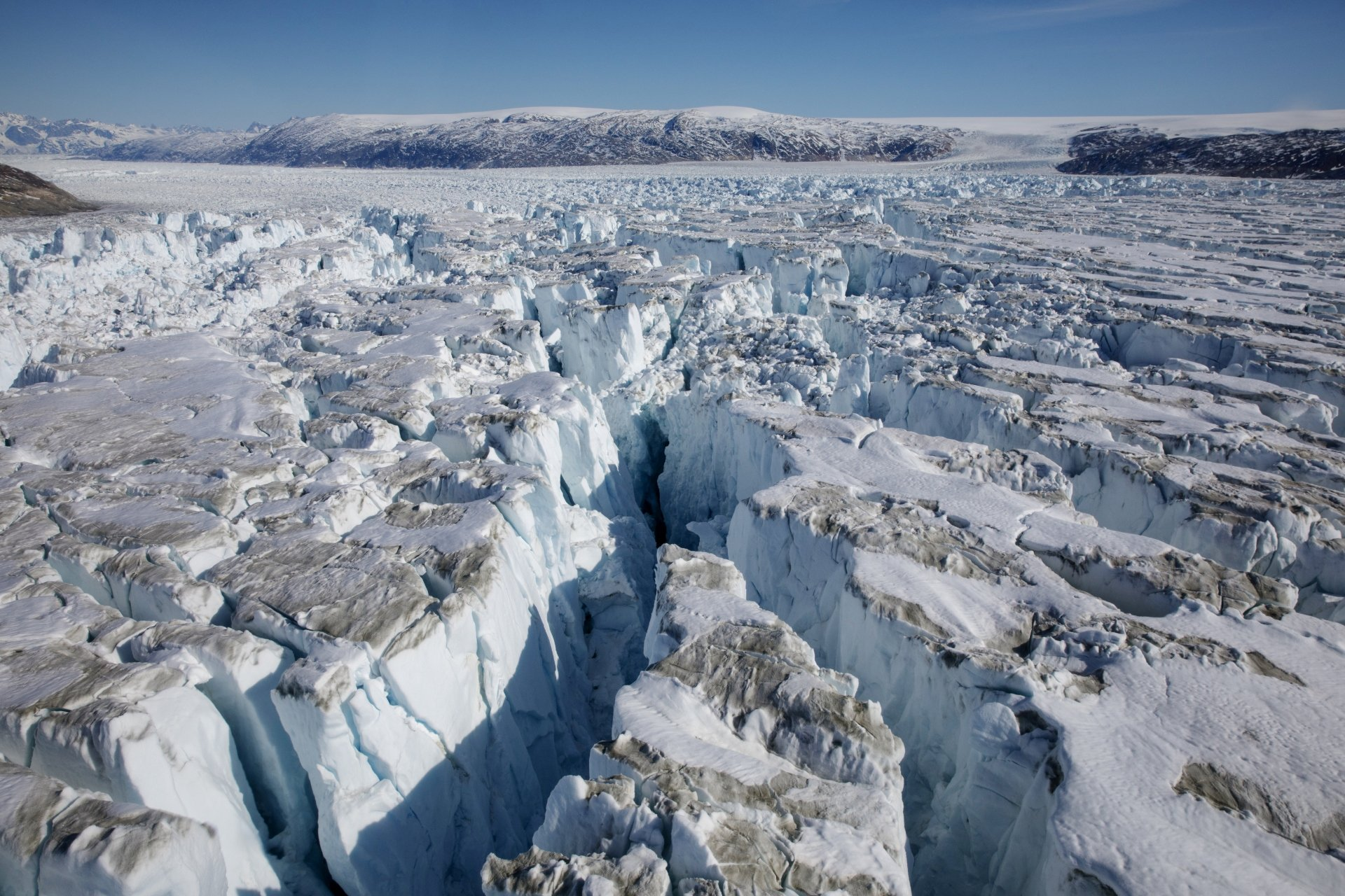 Greenland's ice sheet saw record mass loss in 2019, study finds ...