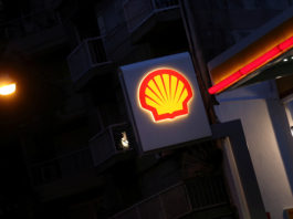 Shell returns to Arctic Alaska with new offshore oil drilling plans