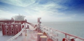 Cargo volume on the Northern Sea Route remains stable as Novatek eyes floating storage
