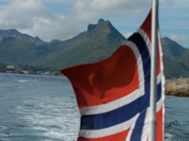 Despite a looming climate lawsuit, Norway offers oil companies a fresh set of blocks