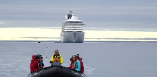 Canada extends ban on Arctic cruise ships and pleasure craft through 2022