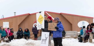 Hunters' blockade at Baffinland's Mary River mine nears a week