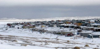 Nunavut government to launch trial air service between Sanikiluaq and Iqaluit