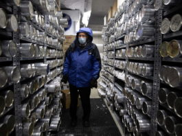 Scientists scramble to harvest ice cores as glaciers melt