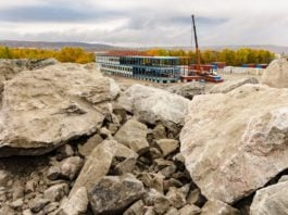 Construction resumes at a Murmansk transport hub